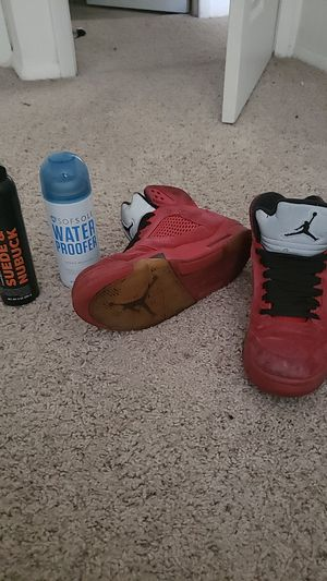 Jordan Retro 5 red suede size 11 for Sale in Batavia, OH