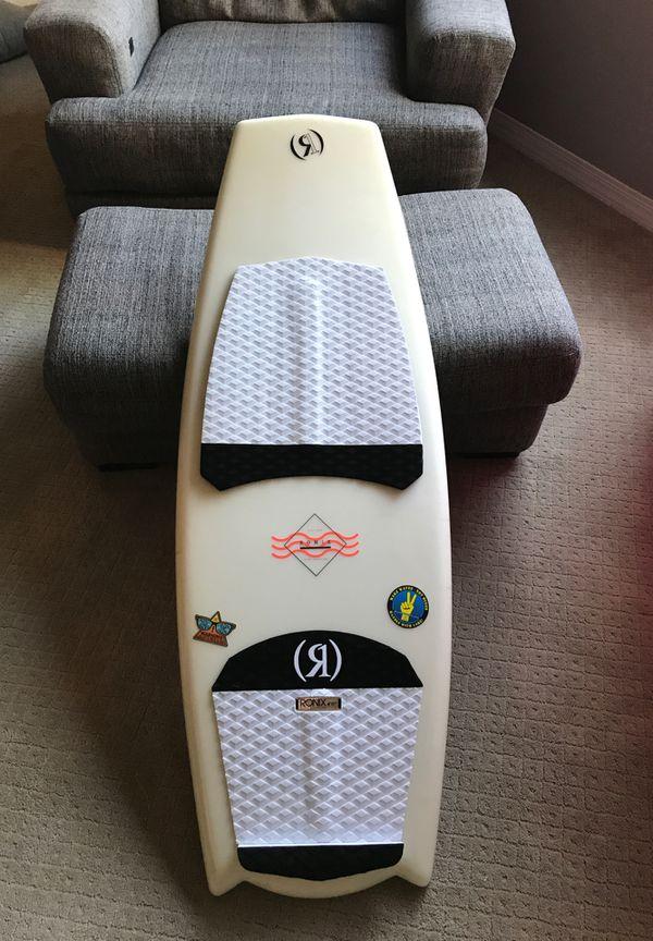 2018 Ronix Potbelly Cruiser Wake surfboard (4'11'')