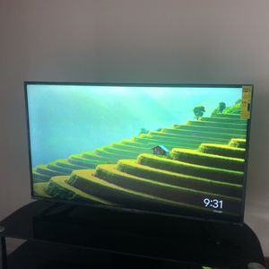 Sharp TV 50 Inch for Sale in Cleveland, OH