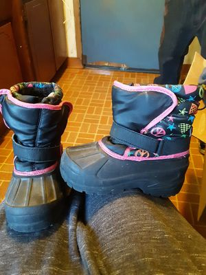 Toddler girls winter boots for Sale in Columbus, OH