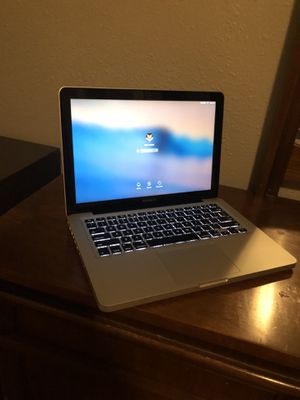 Mac Book Pro 13 for Sale in Sioux City, IA