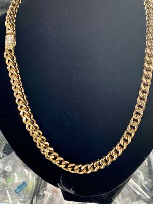 "Brand new stainless steel 14k gold plated chain square style 22"" length by 11mm wide for Sale in Moreno Valley, CA"
