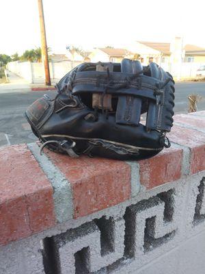 Baseball Glove for Sale in Carson, CA