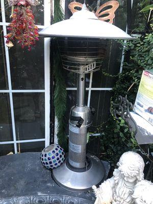 2 calentadores de patio son pequeños for Sale in Pittsburg, CA