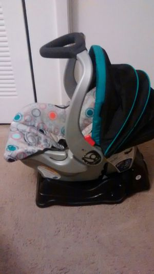 Car Seat Baby Trend for Sale in Miami Gardens, FL