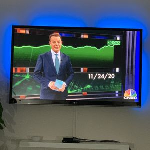 52 Inch Lg Tv for Sale in Los Angeles, CA