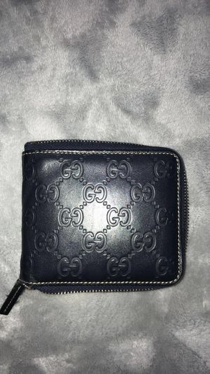 Authentic men's Gucci wallet for Sale in Long Beach, CA