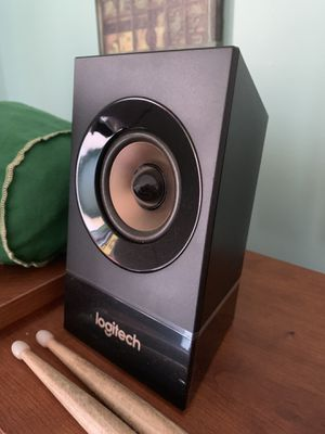 logitech computer speakers/bass box. for Sale in Woodruff, SC