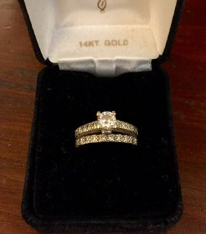 14k yellow gold & diamond wedding set PRICE REDUCED for Sale in Crofton, MD