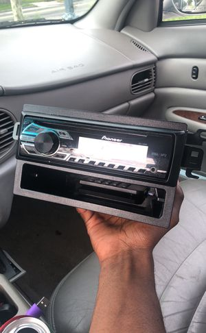 Car audio for Sale in Oxon Hill, MD