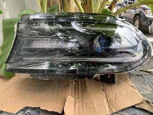 From 2015-2018 DODGE CHARGER LEFT HEADLIGHT for Sale in Los Angeles, CA