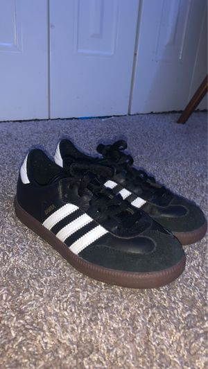 Samba adidas size 2.5 for Sale in Laurel, MD