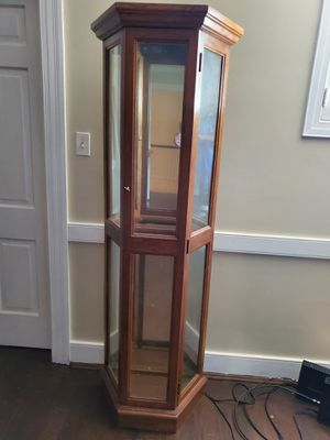 Curio Cabinet for Sale in Rocky Mount, NC