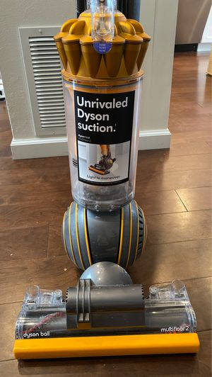 Dyson ball multifloor 2 vacuum for Sale in Jericho, NY
