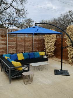 Outdoor sectional, tables, umbrella, and waterproof cover for Sale in Austin,  TX