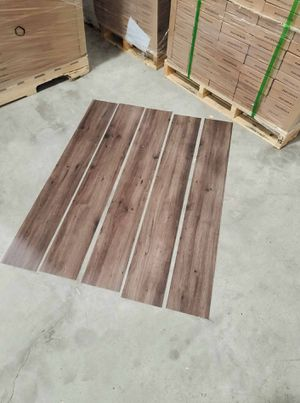 Luxury vinyl flooring!!! Only .65 cents a sq ft!! Liquidation close out! CCD for Sale in Georgetown, TX