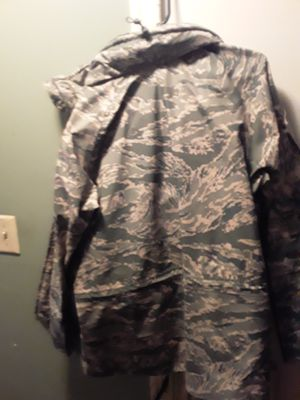 Army rain gear medium for Sale in Woodbridge, VA