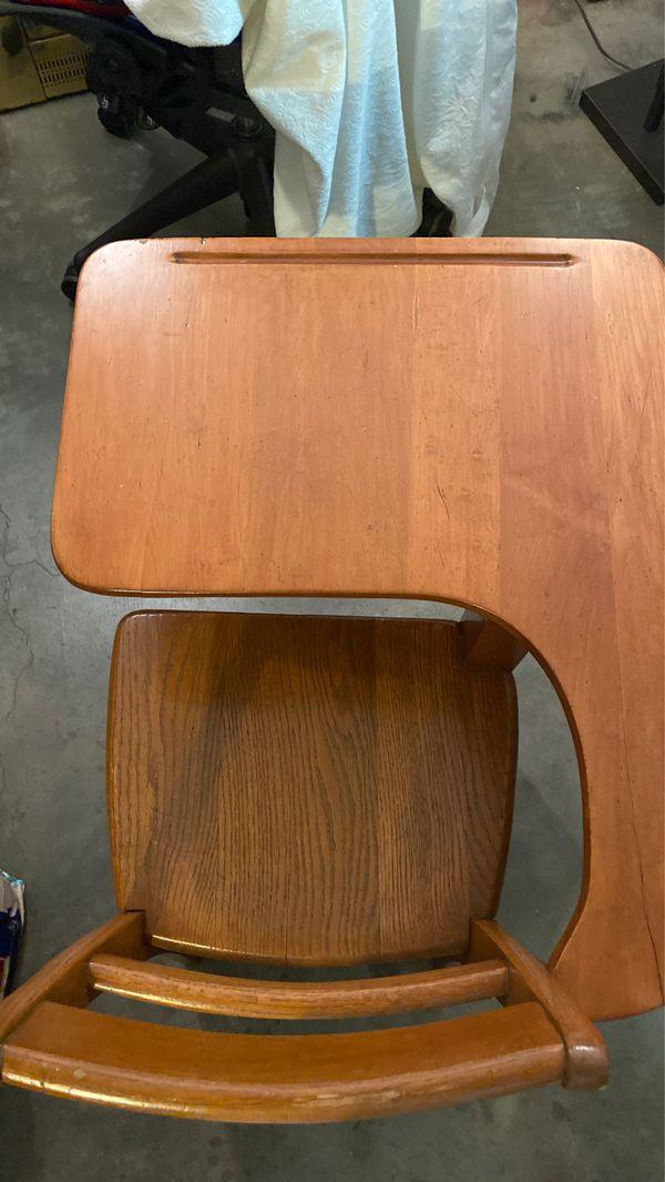 Solid Wood Vintage school desk. $35