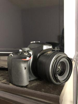 Nikon D5100 for Sale in El Monte, CA