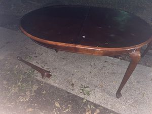 FREE DINING TABLE (table only) for Sale in Houston, TX