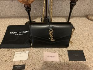 GENTLY USED SULPICE CHAIN WALLET IN SMOOTH LEATHER !!! for Sale in Corona, CA