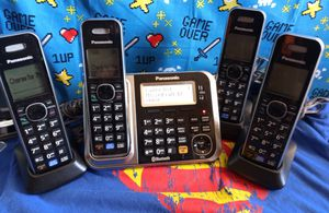 Panasonic KX-TG7875S Link2Cell Bluetooth Cordless Phone with Enhanced Noise Reduction and 4 Handsets for Sale in Albuquerque, NM