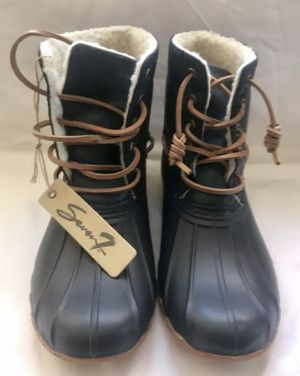 NWT 7for All Mankind Women's Snow Boots, SALE $30 for Sale in South Gate, CA