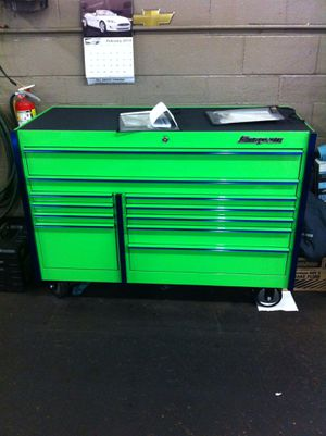 Snap on tool box for Sale in Willingboro, NJ