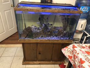 Oceanic fish tánk 55 gallons for Sale in Toms River, NJ