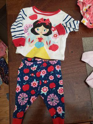 Free 6-9m girl pajama set for Sale in Hemet, CA