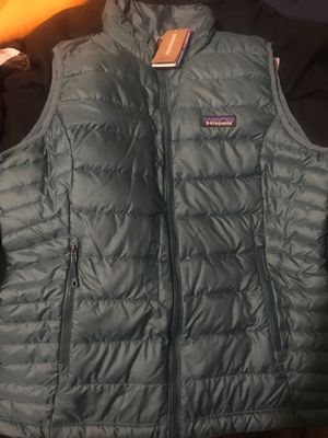 Women's Patagonia size small teal vest for Sale in Paulsboro, NJ