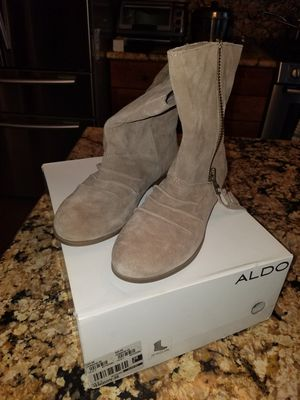 Aldo jenquin ladies boots size 8 for Sale in La Vergne, TN