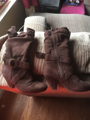 Girls boots for Sale in Merced, CA