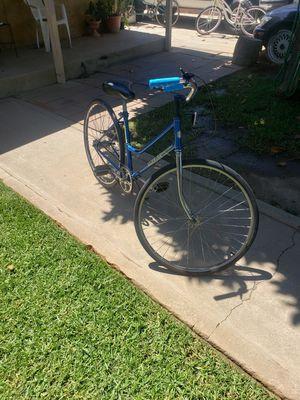 bike schwinn 26,, 3sp enla Maza servicio rrecien echo old school for Sale in San Fernando, CA