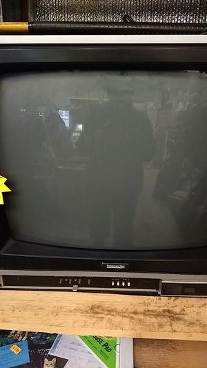 "19"" CRT TV for Sale in Sullivan, MO"