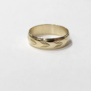 18K Yellow Gold Unisex Fancy Wedding Band Size: 9 90166-1 for Sale in Tampa, FL
