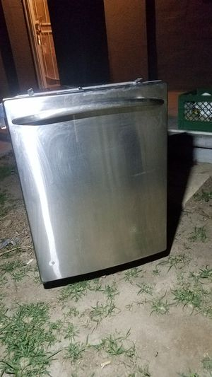 GE Profile dishwasher model PDW9280L00SS for Sale in Bakersfield, CA