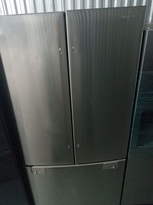 Samsung 3 door fridge for sale never used floor model ! Warranty and delivery available! for Sale in Union City, NJ