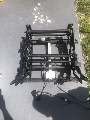 3 Electric recliner mechanism working great conditions for Sale in Miami Gardens, FL