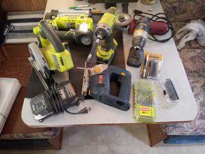 18 Volt Cordless Nail Gun for Sale in Kearney, MO