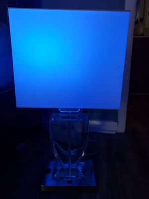 Glass lamp like new for Sale in Nashville, TN