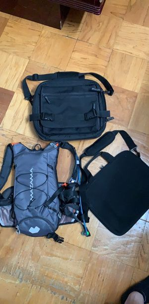 Bundle: $35 Hydration backpack & Messenger bag for Sale in Queens, NY