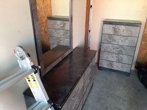 Dresser set for Sale in TEMPLE TERR, FL