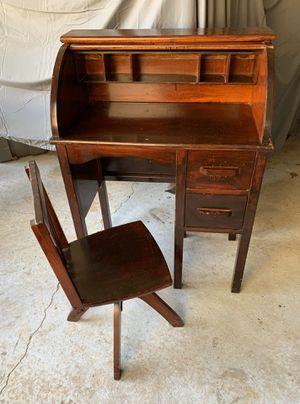 Child's Antique Roll Top Desk for Sale in Temple, GA
