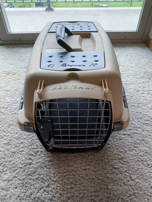 """Pet Carrier 18"""" for Sale in Auburn, WA"""