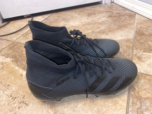 Soccer cleats for Sale in Beach City, TX