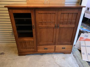 TV stand for sale, lots of drawers for Sale in Buffalo Grove, IL
