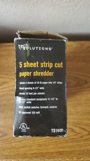 tech Solutions 5 Sheet Strip Cut Paper Shredder for Sale in Corona, CA