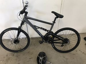 Giant bicycle hybrid or mountain bike for Sale in San Diego, CA