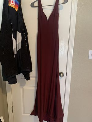 beautiful burgundy prom dress for Sale in El Paso, TX